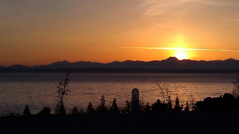 Amazing Sunset Viewed from the Olympic Sculpture Park
