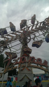 The spinning cages of the Zipper